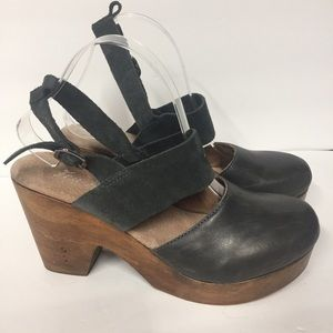 Free People Gray Leather Platform Clog Sandals